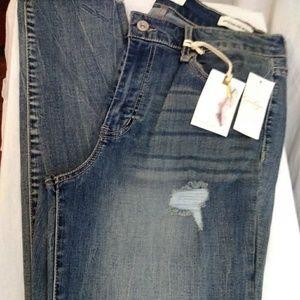 Jessica Simpson Curvy Skinny Jeans